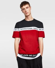 Essential T-shirts for men that bring out your personality. Best Mens T Shirts, Shirt Men, Mens Fashion Sweaters, Camisa Polo, Printed Sweatshirts, Latest Fashion Clothes, Colorful Shirts, Shirt Style, Shirt Designs