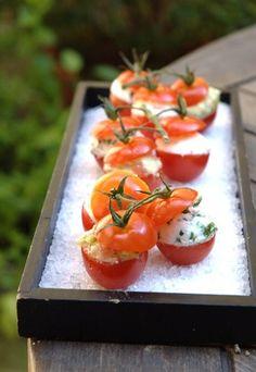 #Pomodori ripieni di formaggio ed erba cipollina #cucina #food