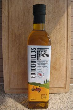 Rapeseed Oil vs Olive Oil - Benefits of Rapeseed Oil. Just bought this and it's been working so well! Nutrition Plans, Kids Nutrition, Health Diet, Health And Nutrition, Health And Wellbeing, Health Benefits, Olive Oil Benefits, Rapeseed Oil, Home Remedies For Hair