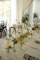 For the dinner, held inside Streisand's home, the summery atmosphere featured neutral tones and fresh-picked centerpieces.