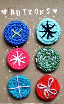 ingthings: DIY crochet buttons--absolutely adore these! Knit Or Crochet, Crochet Motif, Crochet Crafts, Yarn Crafts, Crochet Flowers, Crochet Projects, Crochet Patterns, Crochet Embellishments, Crochet Buttons