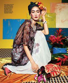 April 2012 issue of Korean magazine Singles.
