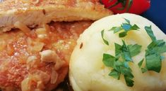Camembert Cheese, Mashed Potatoes, Dairy, Ethnic Recipes, Food, Red Peppers, Whipped Potatoes, Smash Potatoes, Essen