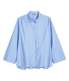 Welcome to H&M, your shopping destination for fashion online. We offer fashion and quality at the best price in a more sustainable way. Plus Size Womens Clothing, Plus Size Outfits, Trendy Outfits, Clothes For Women, Designer Trench Coats, Online Shopping Clothes, Fashion Online, Long Sleeve Shirts, Shirt Dress