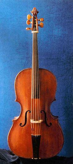Violoncello piccolo, North-Italy, 18th C  TERCERA ESTROFA......///Permiteme oir tu voz....sin imperio de razon...con la ley del sentimiento/// Permiteme oir tu voz...aquella del corazon...la que se viene de adentro............