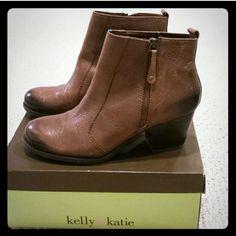 Kelly & Katie Shoes - Kelly & Katie -- faun brown zipper booties