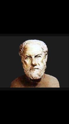 Η επικράτηση των Μακεδόνων είχε τις ακόλουθες συνέπειες: Οι Αθηναίοι υποχρεώθηκαν να αντικαταστήσουν το δημοκρατικό πολίτευμα με ολιγαρχικό, να πληρώσουν χρηματική αποζημίωση και να δεχτούν μακεδονοκή φρουρά στη Μουνιχία, ένα από τα λιμάνια του Πειραιά. Ο Υπερείδης δολοφονήθηκε και ο Δημοσθένης αυτοκτόνησε, προκειμένου να αποφύγει την ατίμωση. Πόλεις της Πελοποννήσου υποχρεώθηκαν να δεχτούν μακεδονικές φρουρές.