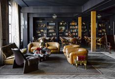 Ken Fulk brings his exuberant eye to the design of San Franciscos the Battery. The private club was opened last year by. Interior Exterior, Best Interior, Luxury Interior, Interior Paint, Ken Fulk, Luxury Penthouse, Penthouse Suite, Luxury Hotels, Private Club