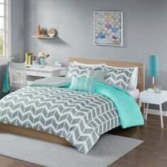 Intelligent Design Nadia Full/Queen Comforter Set in Teal - Olliix Intelligent Design Nadia Comforter Set turns any bedroom into fun and inviting getaway. This stylish comforter features a grey and white chevron print broken up by white vertic Teal Comforter, Twin Comforter Sets, King Comforter, Crib Bedding, Chevron Bedding, Teal Bedding Sets, Yellow Bedding, Teen Bedding, Queen Duvet
