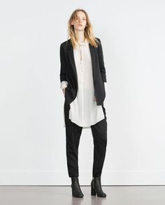 Image 1 of LOOSE FIT BLAZER from Zara