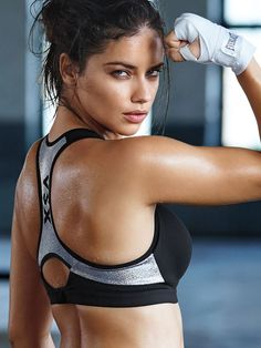 These Adriana Lima Workout Videos Are Extremely Hot :http://airows.com/adriana-lima-workout-videos-extremely-hot/