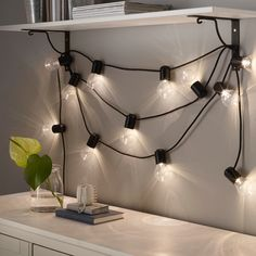 String Lights In The Bedroom, Indoor String Lights, Yoga Facial, Light Chain, Lumiere Led, Led Lampe, Light Decorations, Montage, Room Ideas