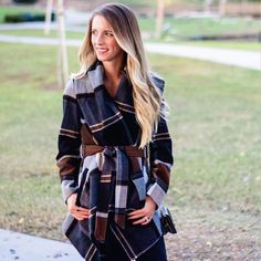 "LIKEtoKNOW.it on Instagram: ""Wrap up in plaid in @erinchoward's print-perfect outer layer 