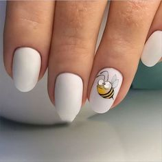 Free like a bee Enjoy your little happiness <3 #cute #nails #bee #lovely #simple #nails #art #inspiration #manicure