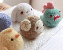 Kawaii Mini feutre animaux téléphone charme poussière Plug Bunny / dinosaure / poussin / baleines / aiguille accessoire Mobile de mouton laine feutrée Zoo jouet cadeau d'anniversaire