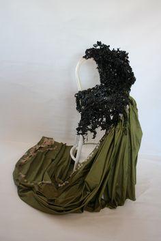 Titel: Illusie Materiaal: textiel, ijzer Hoogte: 1.5 m Kunstenaar: Jacqueline van Bergeijk