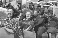 German Fräuleins [Young Ladies] and American Soldiers on a Rollercoaster 1945 [590x389] #HistoryPorn #history #retro http://ift.tt/1TP7u7R