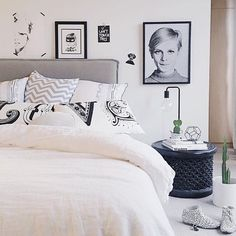 to when included our Twiggy Smirk print in this pretty bedroom Love this Michelle just like the pillow says Our Twiggy Smirk print is available online now or framed instore at Forman Saturday trading hours are Goodnight everyone by formanpictureframing Pretty Bedroom, Interior Inspiration, Comforters, Bed Pillows, Pillow Cases, Blanket, Interior Design, Instagram Posts, Bed Head