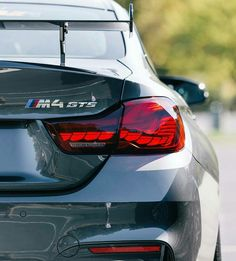 what a machine 3 Bmw, Bmw M4, Best Coupe Cars, Classic Sports Cars, Classic Cars, 2015 Nissan Gtr, Monster Garage, M4 Gts, Bmw M Series