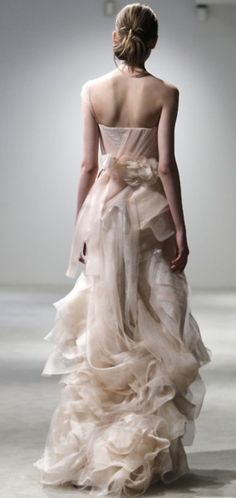 Breathtaking.  Wish I had somewhere to wear something like this---I could show up at Chilis in this! Lol