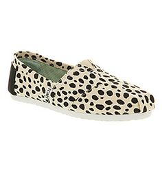Office 41.99 - Toms CLASSIC SLIP ON DALMATION PRINT CANVAS Shoes - Womens Flats Shoes - Office Shoes