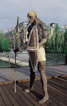 Outdoor exhibition on Pont des Art's bridge, Paris Art Sculpture, Modern Sculpture, History Images, Art History, Banksy, Tribal Expression, Ousmane Sow, Xavier Veilhan, Art Africain