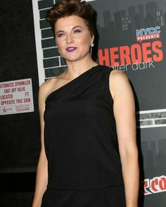 Lucy Lawless at Heroes After Dark