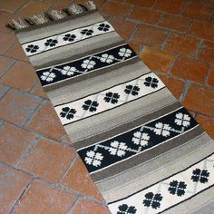 Handwoven wool rug in natural wool colors - white and grey/brown with white and black motifs by RugsNBags on Etsy Wall Carpet, Carpet Stairs, Grey Carpet, Wool Rugs, Kilim Rugs, Small Tapestry, Living Room Carpet, Fiber Art, Brown And Grey