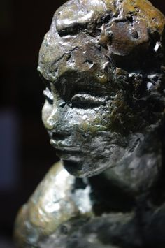 Félicia By Marièle Gissinger original bronze sculpture available for purchase on www.passionartly.com By buying this artwork you are doing a good deed, we pledge to donate 5% to the association :French Esophageal Atresia Association (AFAO) - French Charity for Children