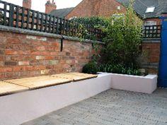 Backyard Patio Designs, Small Backyard Landscaping, Backyard Fences, Pergola Patio, Trellis Fence, Garden Trellis, Modern Garden Design, Garden Landscape Design, Brick Wall Gardens