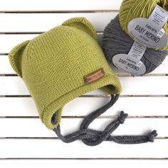 Двойная бесшовная шапочка на возраст 6-12 месяцев из 100% мериноса #dropsbabymerino На данную модель шапочки Happy Cat #hat_happy_cat… Baby Hats Knitting, Crochet Baby Hats, Knitting For Kids, Knitted Hats, Knit Crochet, Crochet For Kids, Drops Baby, Knitting Patterns, Crochet Patterns