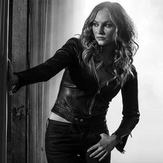 Jax's Ex-Wife Wendy Case (Drea De Matteo). http://sonsofanarchyonline.com/sons-of-anarchy-cast-members-and-their-characters/