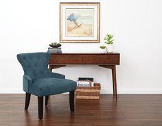 Classic home style: A soft velvet, tufted chair. #velvetcrush #luxlife #classicdesign
