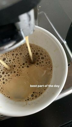 But First Coffee, Coffee Love, Coffee Break, Coffee Coffee, Aesthetic Coffee, Aesthetic Food, Comidas Fitness, Coffee Pictures, Coffee Photography