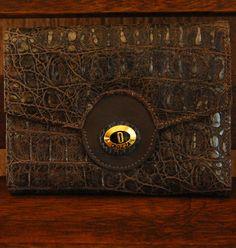 Carteira em couro croco. Mab Store - www.mabstore.com.br