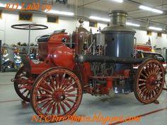 Self propelled steam fire engine