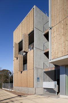 Social Housing + Shops in Mouans Sartoux,© Milèle Servelle