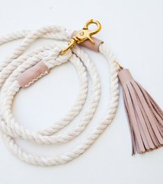 Terrific Images rope Dog Leash Suggestions You will find there's selection of pet leashes available with dogIDs, nonetheless how do you know the kind of . Cute Dog Collars, Cat Collars, Frozen Dog Treats, Rope Dog Leash, Pink Dog, Blush Roses, Dog Harness, Pet Gifts, Dog Accessories