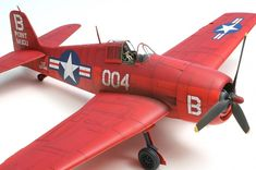 Hasegawa Hellcat 5 - Those reds are beautiful.