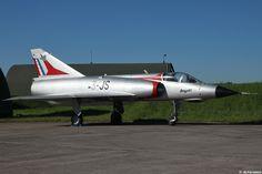 "Dassault ""Mirage III E"" préservé sur la BA-133 de Nancy-Ochey."