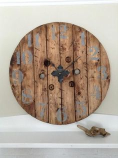 Round Wooden wall clock decoration idea