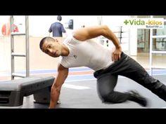 Uno de los grupos musculares más difíciles de desarrollar, tonificar y marcar son los abdominales oblicuos. Lógralo a través de una rutina sencilla