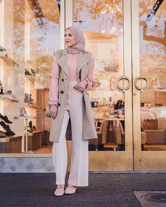 Hijab Fashion Trends That Will Make Your Spring So Stylish Islamic Fashion, Muslim Fashion, Modest Fashion, Hijab Fashion, Fashion Fashion, Casual Hijab Outfit, Casual Outfits, Hijab Wear, Modest Dresses