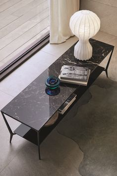 Discover our collection of designer console tables, made in Italy. Including designs by Flexform, Cattelan Italia & Porada. Low Coffee Table, Console Tables, Christmas Items, Luxury Furniture, Classic Style, Contemporary, Interior Design, Home Decor, Consoles