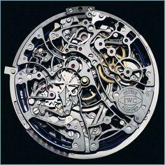 19世紀初頭からスイスなどの国では熟練工によって手作業で製作されている、複雑な機構と技術にあふれている機械式腕時計。そんな機能美あふれる腕時計のメカニズムが良くわかる写真の紹介です。歯車やぜんまいが...