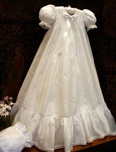Christening Gowns and Accessories - Isabel Garretón