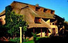 Aandmuzik Guesthouse, Bloemfontein, Free State. Free State, Beaches In The World, Most Beautiful Beaches, South Africa, Exterior, Cabin, Homes, Country, House Styles