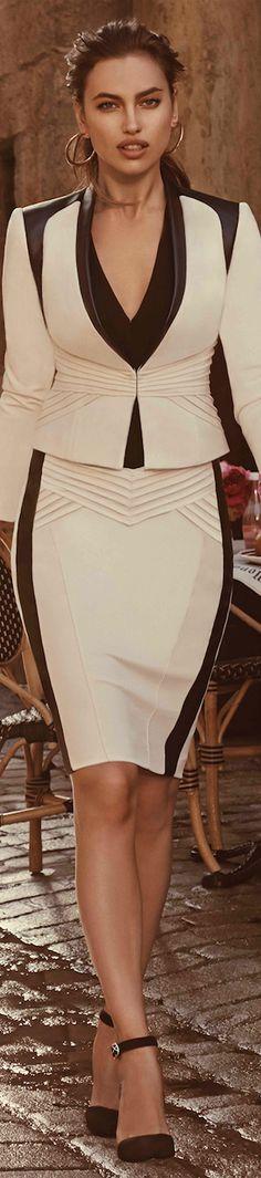 Bebe Kirstie Pencil Skirt and Blazer Office Fashion, Work Fashion, Fashion Design, Fashion Clothes, Fashion Ideas, Style Work, My Style, Dress Skirt, Dress Up