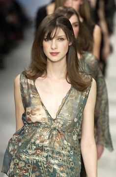 Caitriona Balfe at the Max Mara fashion show Fashion Models, Fashion Show, Fashion Outfits, Fashion Design, Caitriona Balfe Outlander, Claire Fraser, Sexy Hot Girls, Couture Fashion, Catwalk