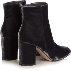 Gianvito Rossi Rolling velvet ankle boots (1 310 AUD) ❤ liked on Polyvore featuring shoes, boots, ankle booties, gray boots, grey bootie, grey ankle boots, grey booties and bootie boots